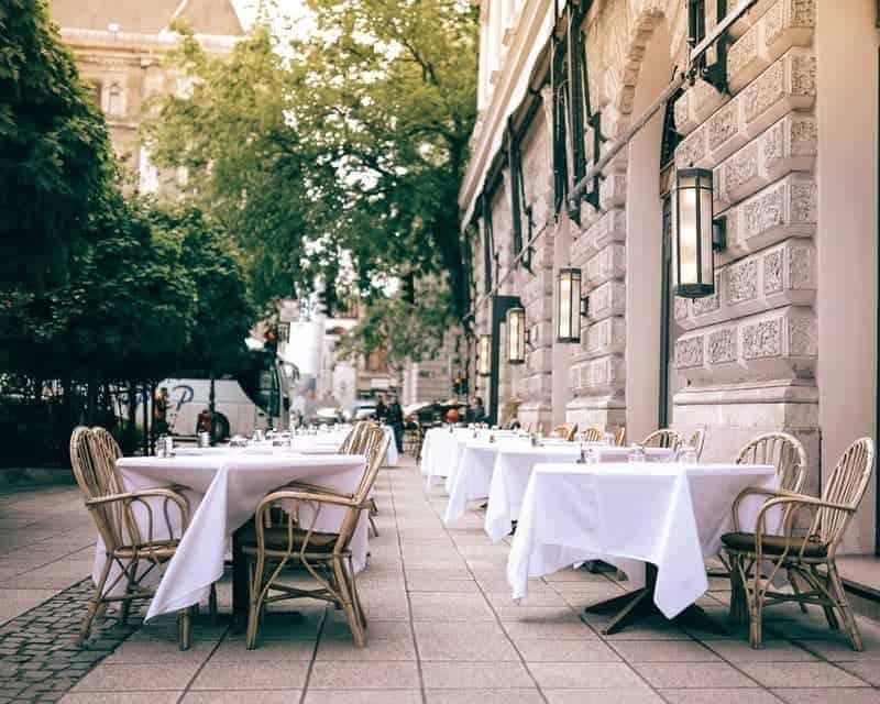 best cheap restaurants for a group